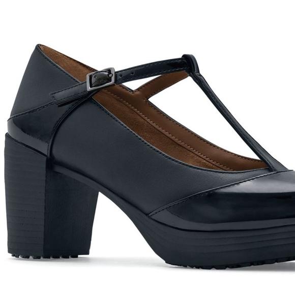 Shoes for Crews slip resistant shoes